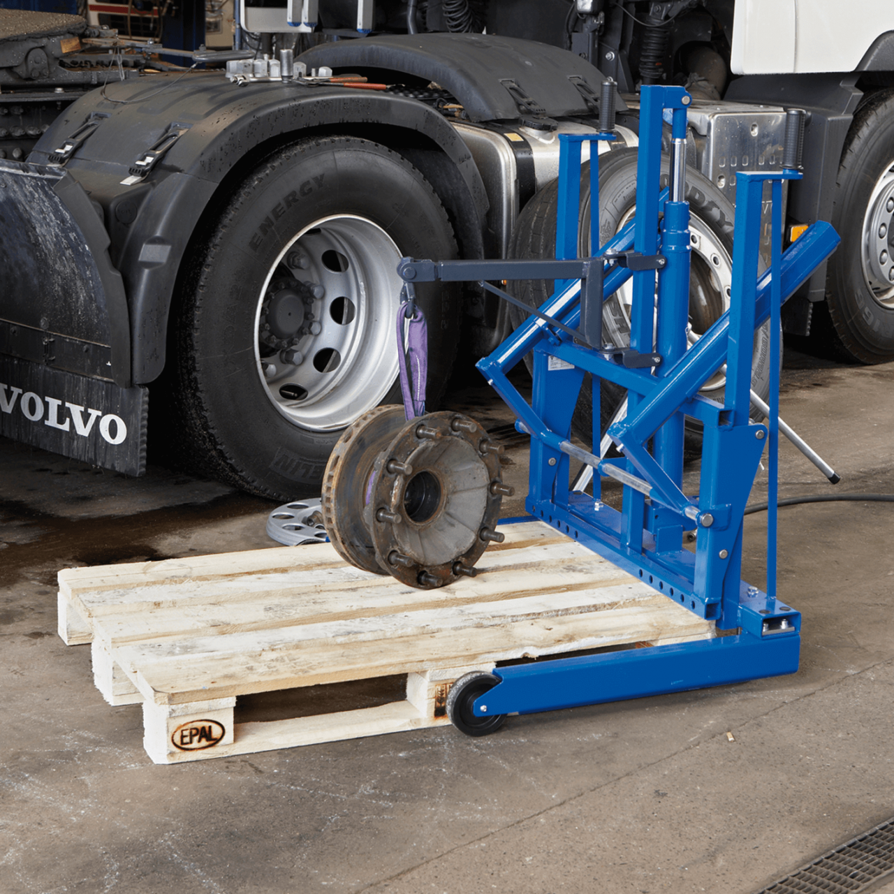 Rad-Montagewagen Bild 3